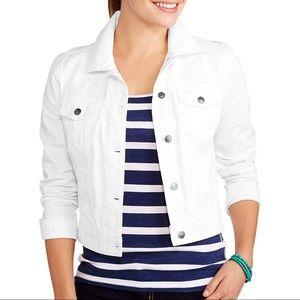 NWOT white denim-style jacket